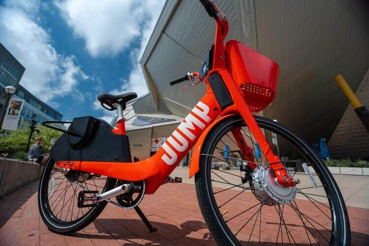 Jump electric bicycle