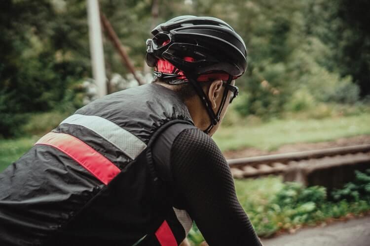 back of road bike helmet